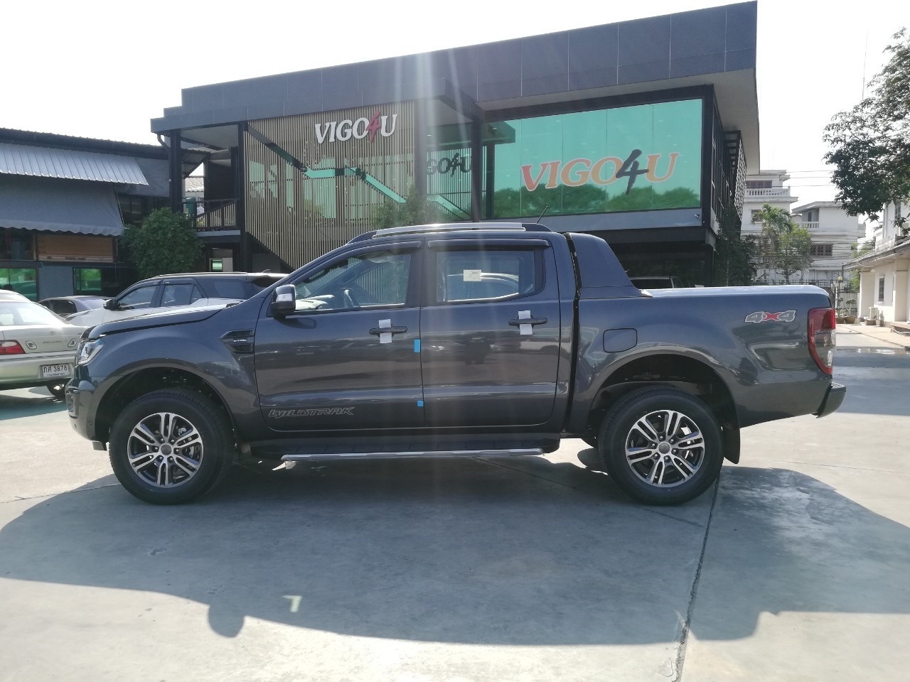 brand new 2020 – ford 4wd 20 at double cab dark grey